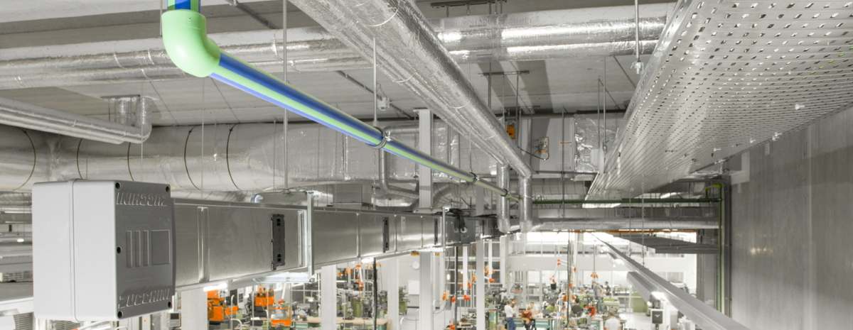 Busbar and cable tray in a light industry facility